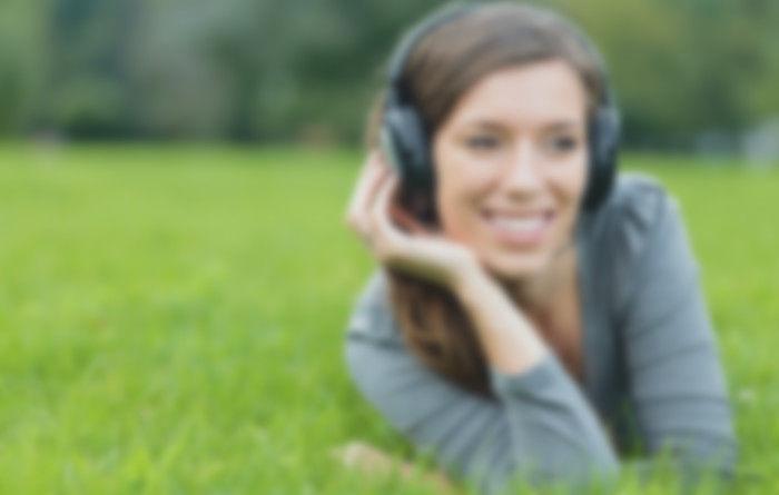 Top 10 Сайтов для тренировки навыков слушания на английском