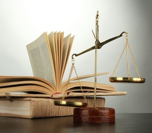 2 юриста, 8 мнений и одна Legal English